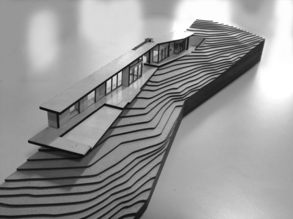 Student Sectional Models of Korora / Daniel Marshall Architects